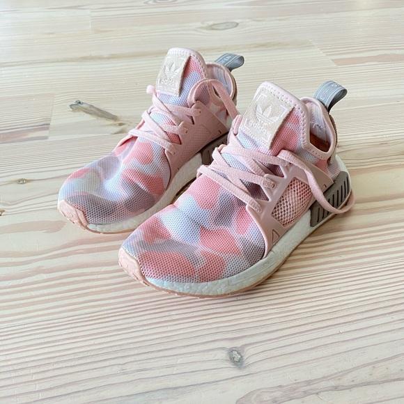 Women's Adidas NMD XR1 pink camo size 7